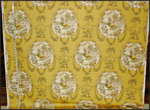 P.KAUFMANN CHICKEN TOILE FABRIC in curry